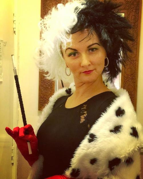 Cruella Deville fancy dress
