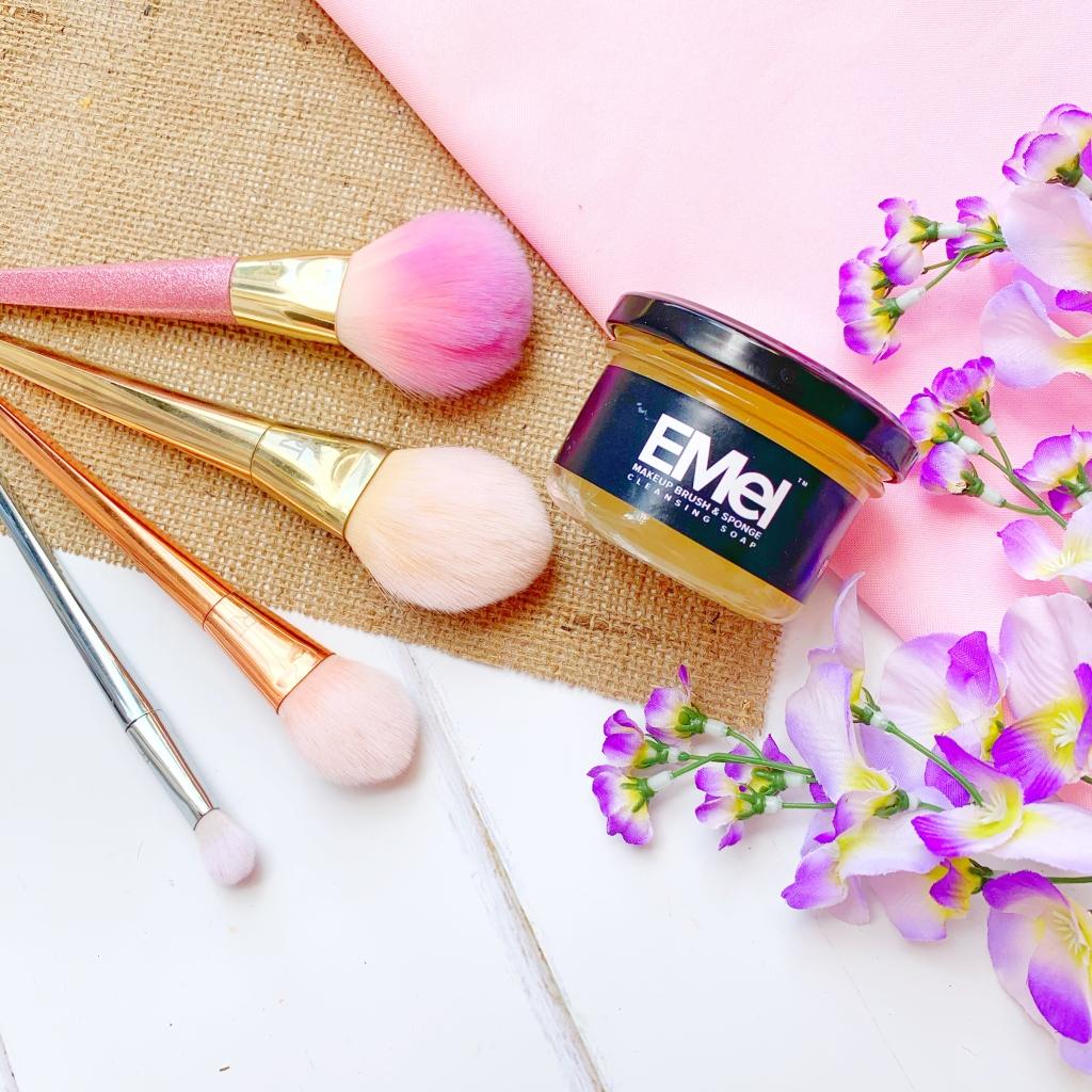 Emel Makeup Brush & Sponge Cleaning Soap